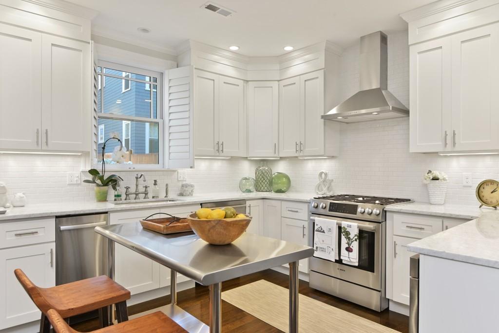 76 Downer Avenue, #3, Dorchester\'s Savin Hill, Boston, MA, 02125 ...