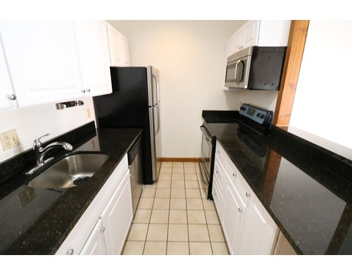 独户住宅 为 出租 在 202 H Street 波士顿, 马萨诸塞州 02127 美国