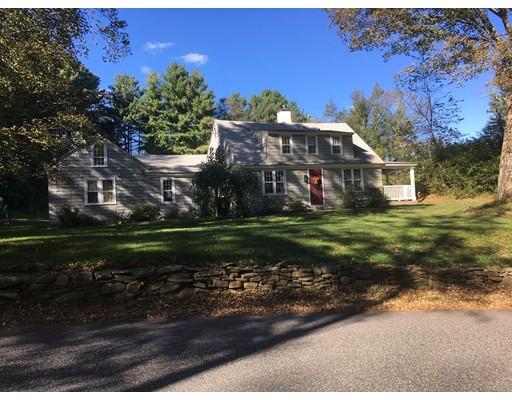 Maison unifamiliale pour l Vente à 74 Dug Hill Road 74 Dug Hill Road Holland, Massachusetts 01521 États-Unis