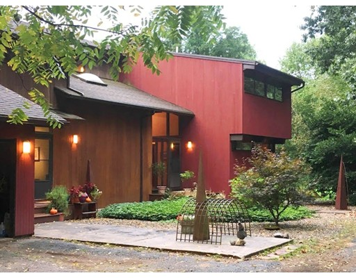 Single Family Home for Sale at 27 Joslin Road 27 Joslin Road East Kingston, New Hampshire 03827 United States