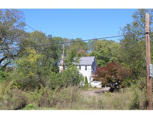 Single Family Home for Sale at 720 Franklin Street 720 Franklin Street Wrentham, Massachusetts 02093 United States