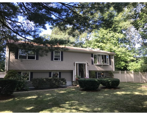 Single Family Home for Rent at 72 E Demello Drive 72 E Demello Drive Tiverton, Rhode Island 02878 United States