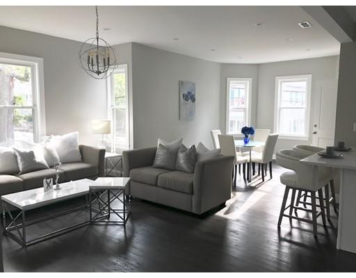 Vivienda unifamiliar por un Venta en 61 Ballou Avenue 61 Ballou Avenue Boston, Massachusetts 02124 Estados Unidos