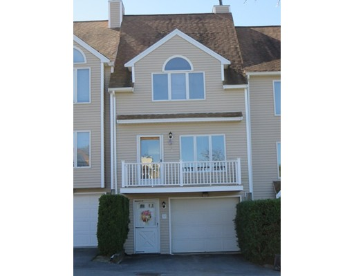 Condominio por un Venta en 36 Tobey Road 36 Tobey Road Dracut, Massachusetts 01826 Estados Unidos