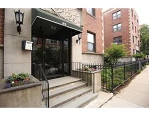 共管式独立产权公寓 为 销售 在 82 Jersey Street 波士顿, 马萨诸塞州 02215 美国