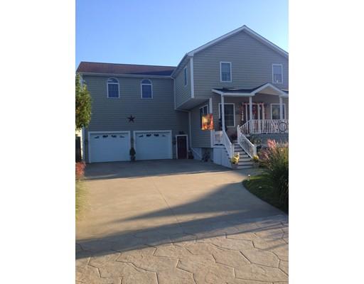Maison unifamiliale pour l Vente à 112 Winterville 112 Winterville New Bedford, Massachusetts 02743 États-Unis