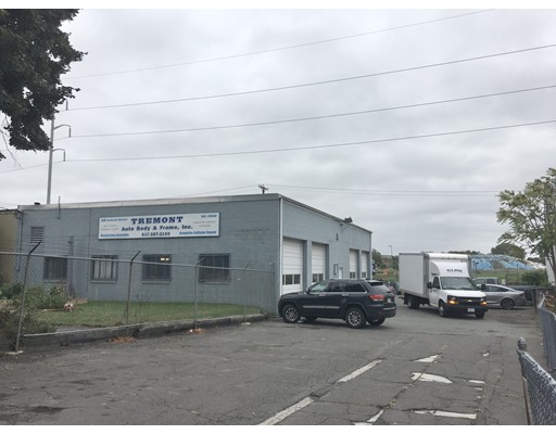 商用 为 销售 在 90 Tremont Street 90 Tremont Street Everett, 马萨诸塞州 02149 美国