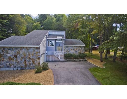 Maison unifamiliale pour l Vente à 3022 Hillside Drive 3022 Hillside Drive Palmer, Massachusetts 01069 États-Unis