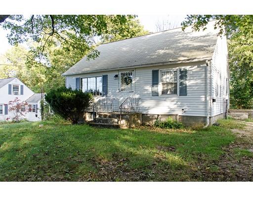 Maison unifamiliale pour l Vente à 6 Goucher Avenue 6 Goucher Avenue Worcester, Massachusetts 01605 États-Unis