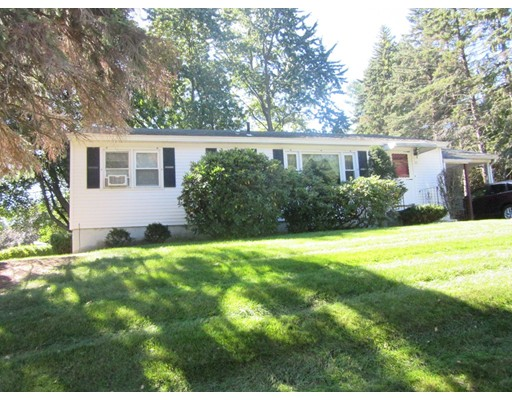 Single Family Home for Rent at 35 Woodland Road 35 Woodland Road Leominster, Massachusetts 01453 United States