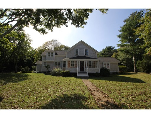 Single Family Home for Sale at 332 Carriage Shop Falmouth, Massachusetts 02536 United States
