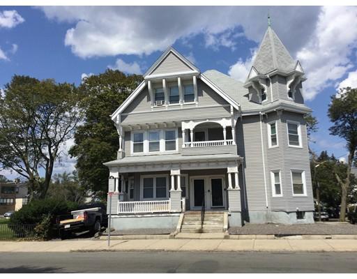 Casa Multifamiliar por un Venta en 806 Salem Street Malden, Massachusetts 02148 Estados Unidos