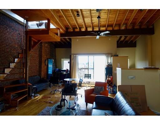 Casa Unifamiliar por un Alquiler en 527 Massachusetts Avenue Boston, Massachusetts 02118 Estados Unidos