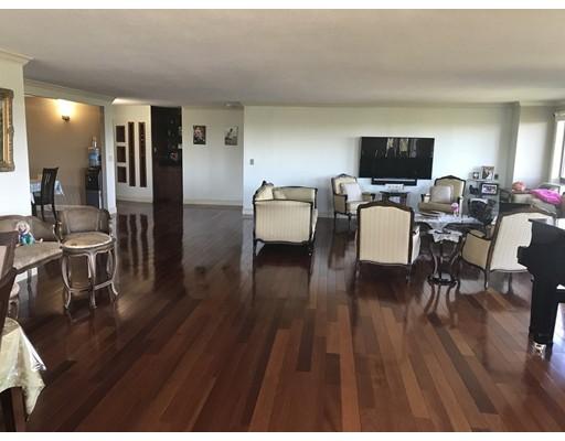 Casa Unifamiliar por un Alquiler en 125 Coolidge Avenue Watertown, Massachusetts 02472 Estados Unidos