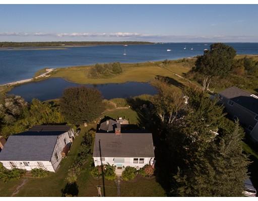 Maison unifamiliale pour l Vente à 19 Sunrise Court 19 Sunrise Court Fairhaven, Massachusetts 02719 États-Unis