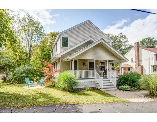 独户住宅 为 销售 在 60 Fowler Street 60 Fowler Street 伦道夫, 马萨诸塞州 02368 美国