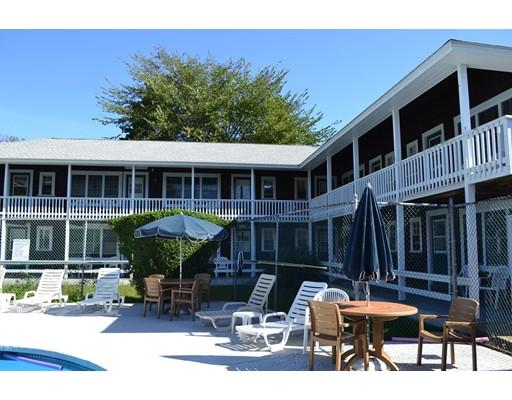 共管式独立产权公寓 为 销售 在 15 Mill Street 15 Mill Street 埃德加敦, 马萨诸塞州 02539 美国