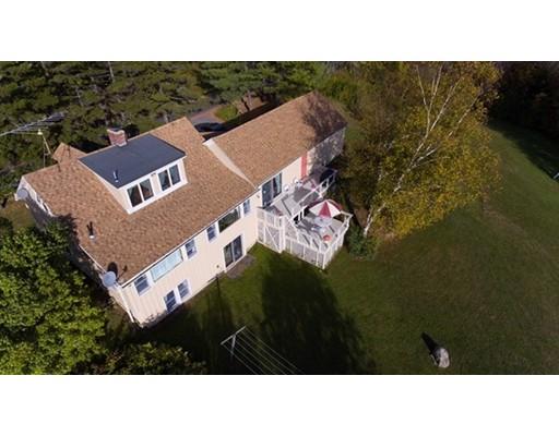 واحد منزل الأسرة للـ Sale في 274 Bates Road 274 Bates Road Windsor, Massachusetts 01270 United States