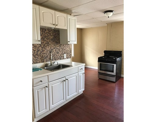 Appartement pour l à louer à 333 Sumner Street #1R 333 Sumner Street #1R Boston, Massachusetts 02128 États-Unis