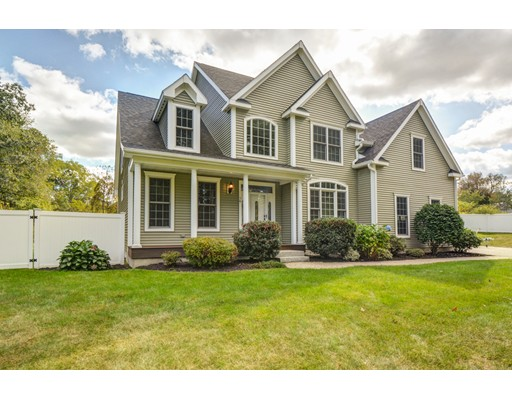 Single Family Home for Sale at 76 Merriam District 76 Merriam District Oxford, Massachusetts 01540 United States