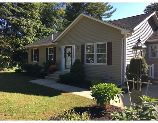 Maison unifamiliale pour l Vente à 19 Ash Street 19 Ash Street Amesbury, Massachusetts 01913 États-Unis