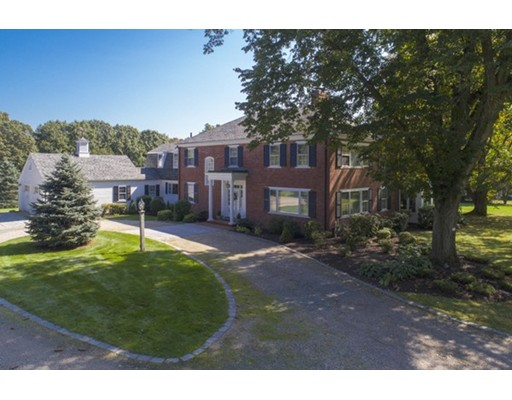 Single Family Home for Sale at 294 Highland Street 294 Highland Street Milton, Massachusetts 02186 United States