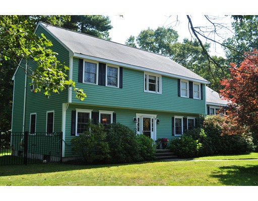 Single Family Home for Sale at 6 Watkins Way Middleton, Massachusetts 01949 United States