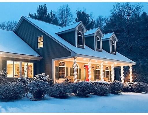 Maison unifamiliale pour l Vente à 10 Thorne Road 10 Thorne Road Kingston, New Hampshire 03848 États-Unis