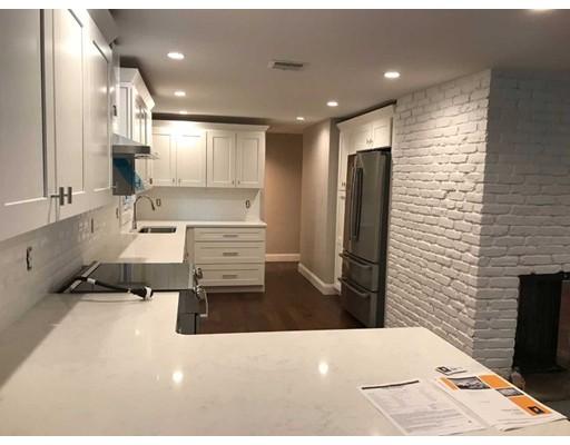 Частный односемейный дом для того Аренда на 6 Grace Street 6 Grace Street Framingham, Массачусетс 01701 Соединенные Штаты