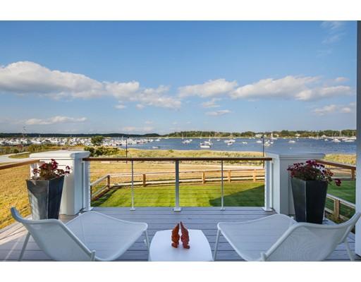 Appartement en copropriété pour l Vente à 266 Merrimac Street 266 Merrimac Street Newburyport, Massachusetts 01950 États-Unis