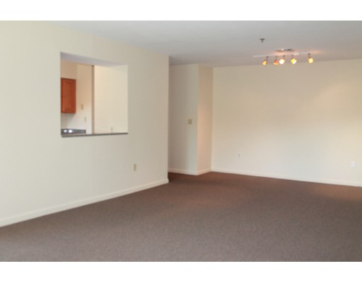 Apartment for Rent at 33 Enterprise Street #2B 33 Enterprise Street #2B Duxbury, Massachusetts 02332 United States