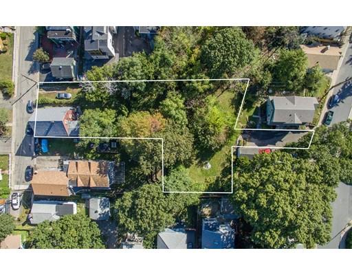 多户住宅 为 销售 在 5 Meyer Street 波士顿, 马萨诸塞州 02131 美国