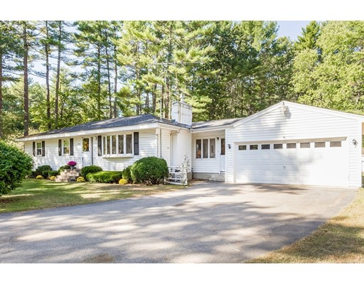 独户住宅 为 销售 在 465 Williams Street 465 Williams Street Mansfield, 马萨诸塞州 02048 美国