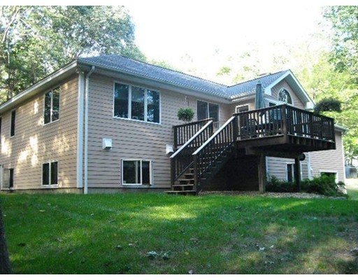 Casa Unifamiliar por un Venta en 710 North Farms Road Northampton, Massachusetts 01062 Estados Unidos