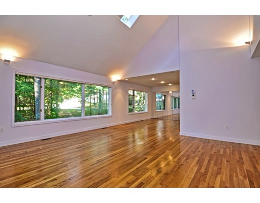 Condominium for Sale at 30 Apple Valley Drive 30 Apple Valley Drive Sharon, Massachusetts 02067 United States