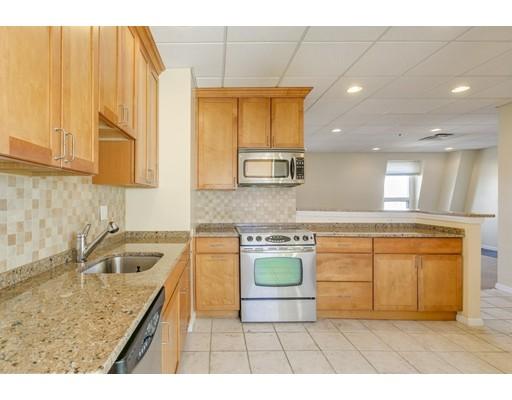 独户住宅 为 出租 在 379 Main Street 梅福德, 02155 美国