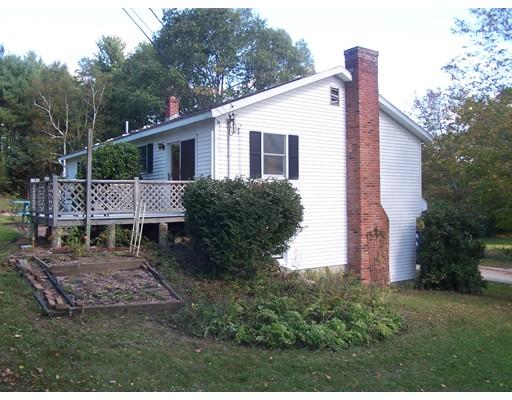 واحد منزل الأسرة للـ Sale في 149 Ward Street 149 Ward Street North Brookfield, Massachusetts 01535 United States