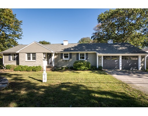Single Family Home for Sale at 299 Forest Avenue 299 Forest Avenue Cohasset, Massachusetts 02025 United States