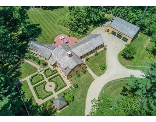 Casa Unifamiliar por un Venta en 7 MILL RUN ROAD 7 MILL RUN ROAD Boxford, Massachusetts 01921 Estados Unidos
