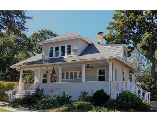 Maison unifamiliale pour l Vente à 43 Gilbert Street 43 Gilbert Street Newton, Massachusetts 02465 États-Unis
