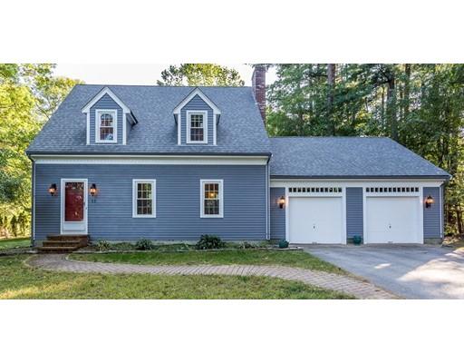 Maison unifamiliale pour l Vente à 11 Southwood Drive 11 Southwood Drive East Bridgewater, Massachusetts 02333 États-Unis