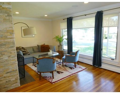 شقة بعمارة للـ Sale في 25 Bow St #25 25 Bow St #25 Stoneham, Massachusetts 02180 United States