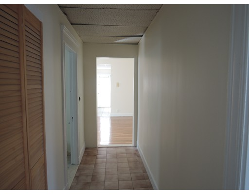 Additional photo for property listing at 39 walnut st #1 39 walnut st #1 Malden, Массачусетс 02148 Соединенные Штаты