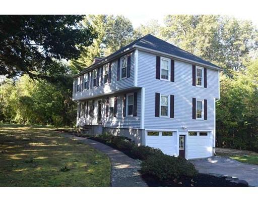 独户住宅 为 销售 在 12 Chestnut Hill Drive 12 Chestnut Hill Drive Sandown, 新罕布什尔州 03873 美国