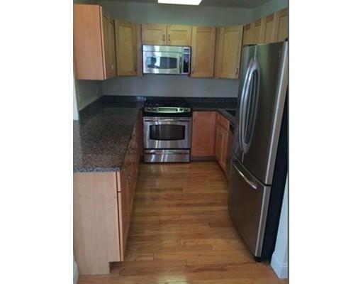 独户住宅 为 出租 在 15 Whipple Avenue 波士顿, 马萨诸塞州 02131 美国