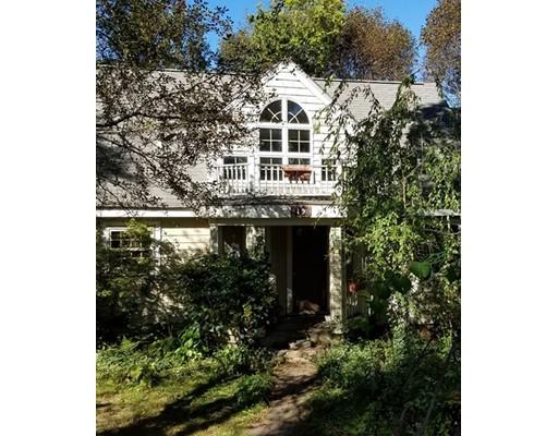 Casa Unifamiliar por un Venta en 19 Fife Road 19 Fife Road Wellesley, Massachusetts 02481 Estados Unidos