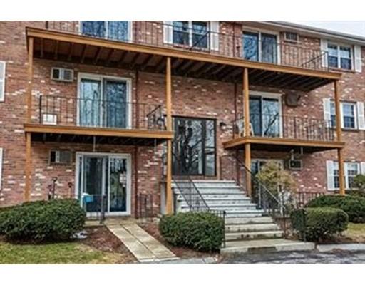 Casa Unifamiliar por un Alquiler en 7 Karen Circle 7 Karen Circle Billerica, Massachusetts 01821 Estados Unidos