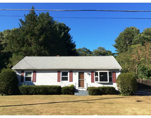 Single Family Home for Rent at 60 Gatewood Road 60 Gatewood Road Springfield, Massachusetts 01119 United States
