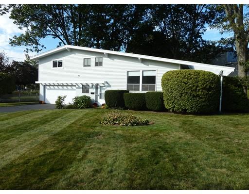 واحد منزل الأسرة للـ Sale في 2 Morningside Drive 2 Morningside Drive Swampscott, Massachusetts 01907 United States