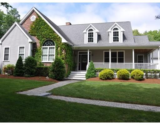 Частный односемейный дом для того Продажа на 52 Darrington Drive 52 Darrington Drive Raynham, Массачусетс 02767 Соединенные Штаты